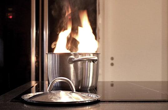 Brandsäkerhet i hemmet - Köksbrand - 3 bra spisvakter du kan installera själv